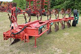 KVERNELAND LO85-300 7 furrow (6+1) on-land/in-furrow plough