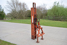 BROWNS tractor mounted hydraulic post knocker