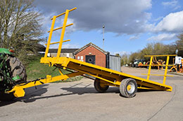 ARMSTRONG & HOLMES Tilt-Bed single axle multi-purpose flat trailer